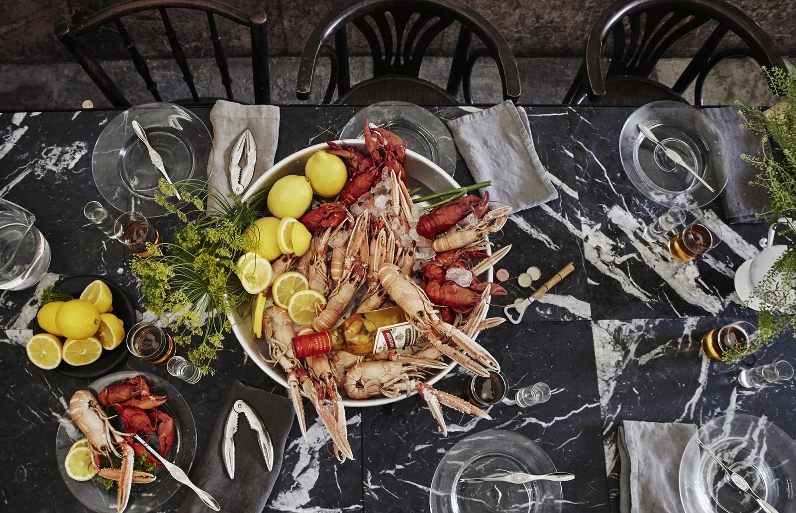 Äntligen är det säsong! Hela sommaren har vi längtat efter smaker från det salta Västerhavet.  Finns det något bättre sätt att välkomna hösten? Låt festen börja!