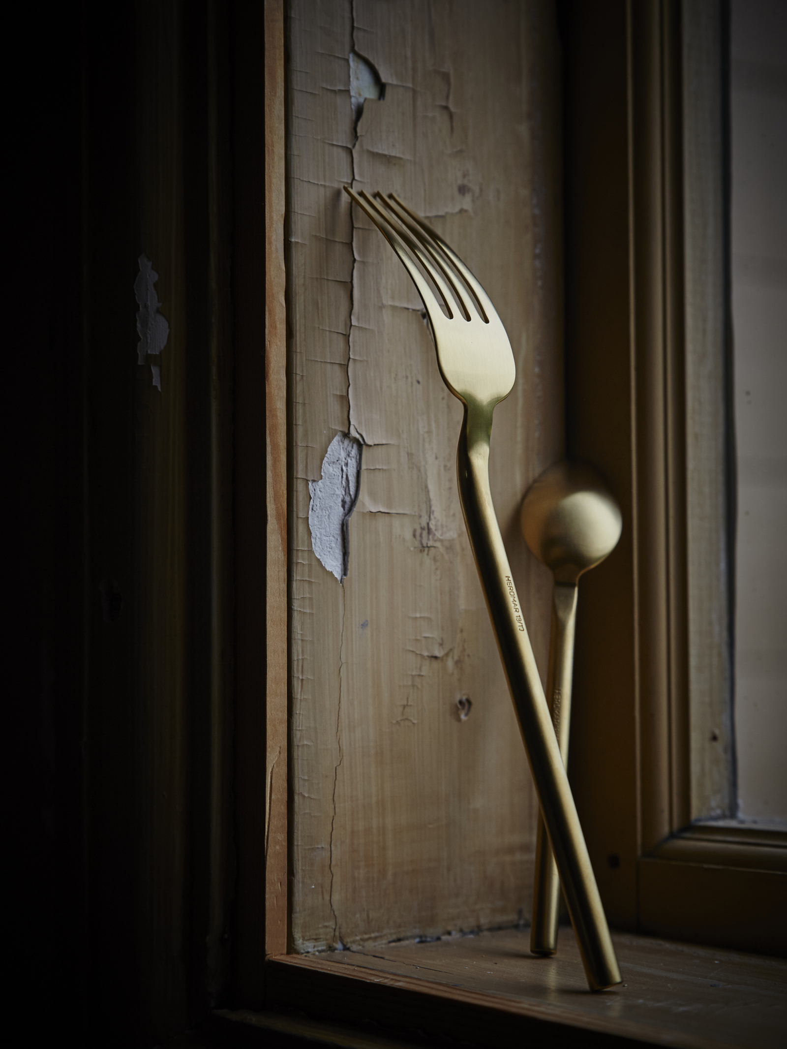 Desire Old Gold Cutlery Från: 75 SEK