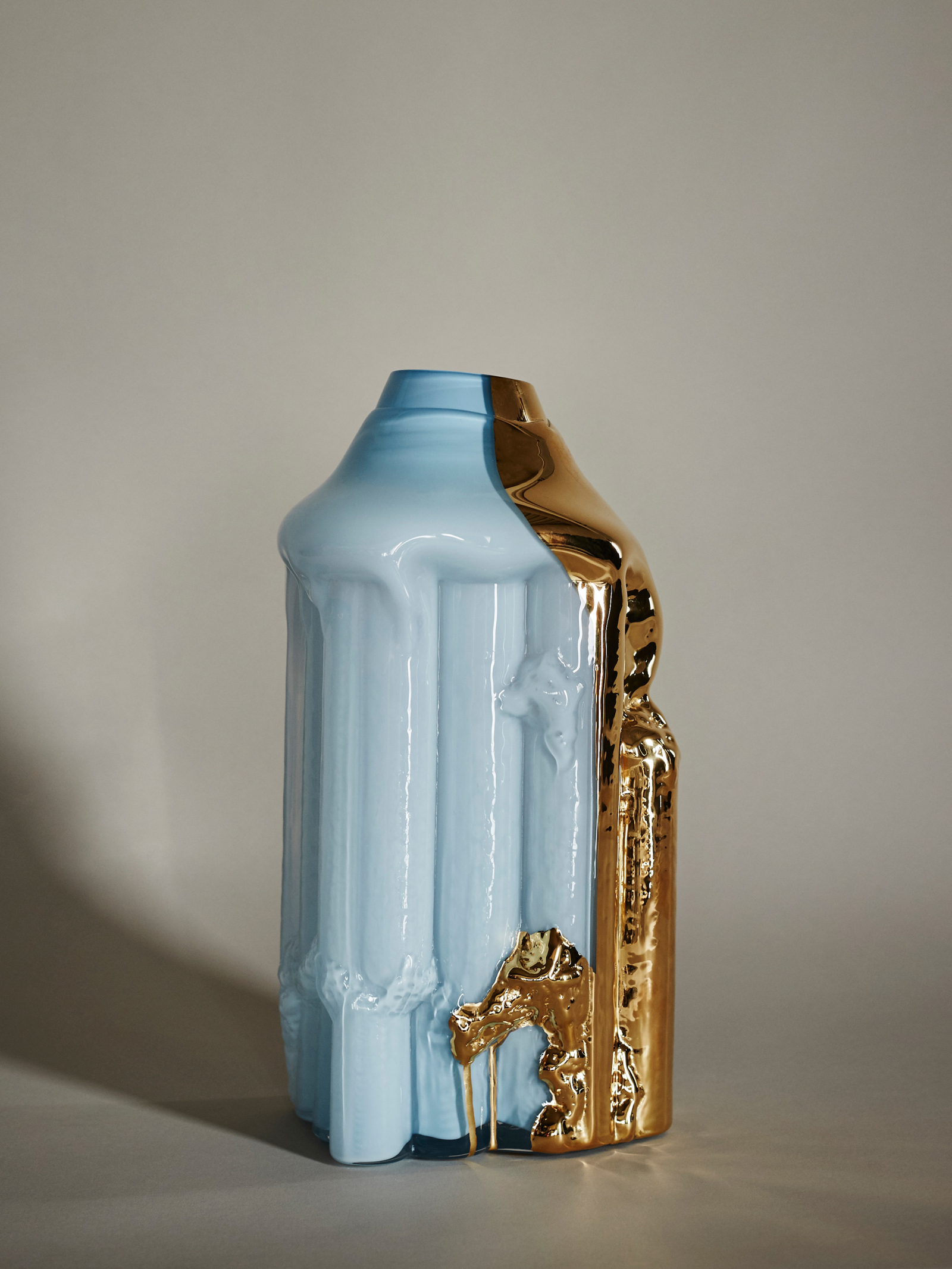 Golden Rain - Pale Blue - Hanna Hansdotter 18 000 SEK