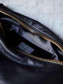No 82 Big Zipper Purse