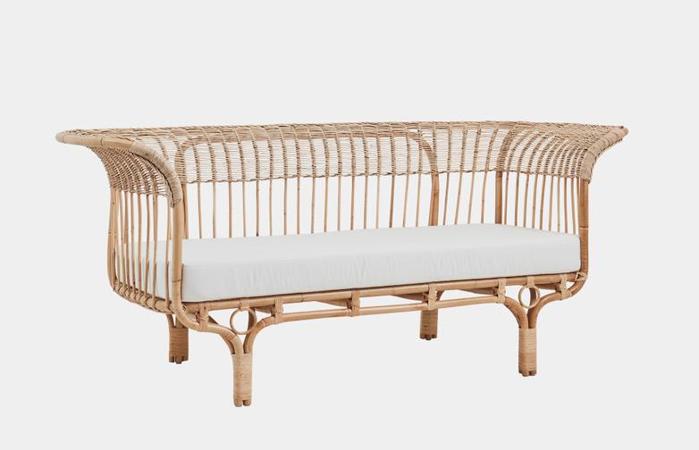 Belladonna Sofa with Cushion