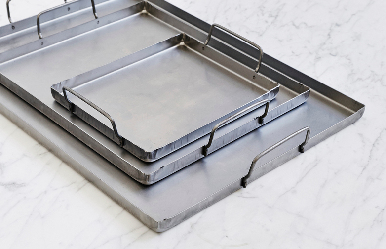 Carbon Steak Plates
