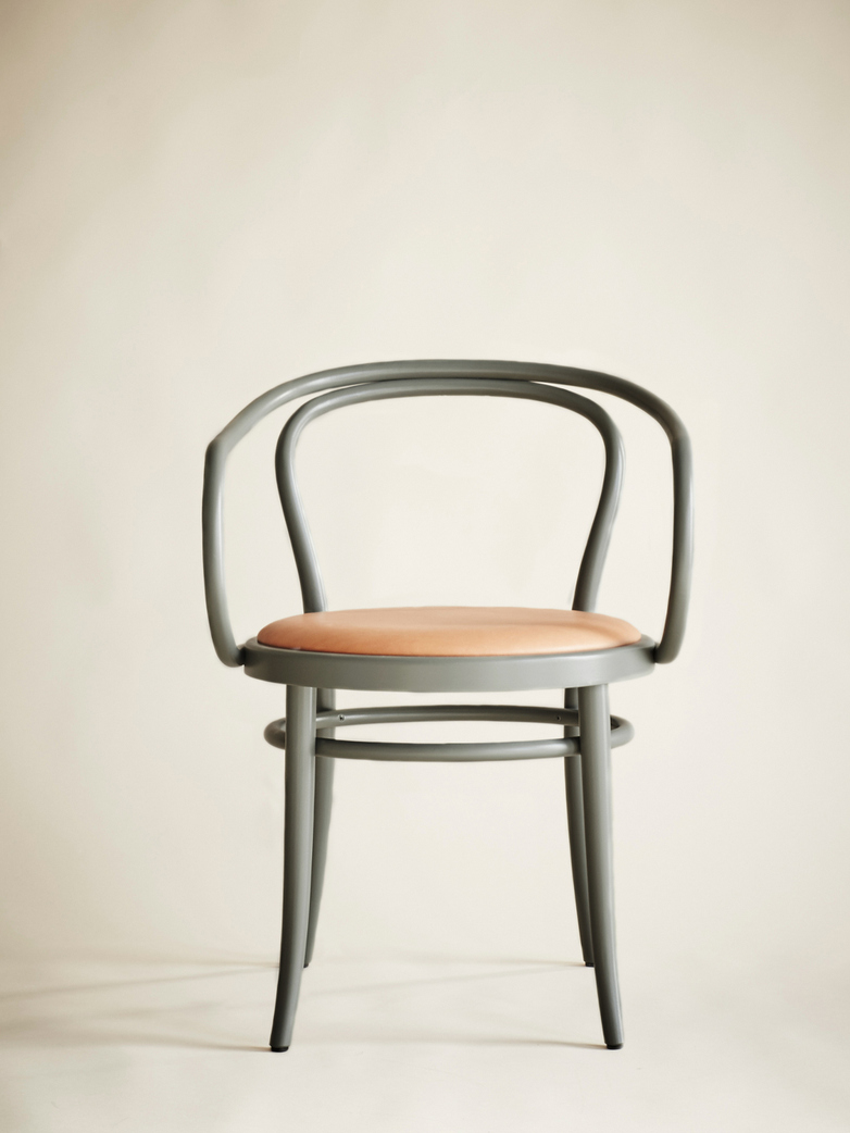 Artilleriet Exclusive – Chair No 30 – Sage – Tärnsjö Leather