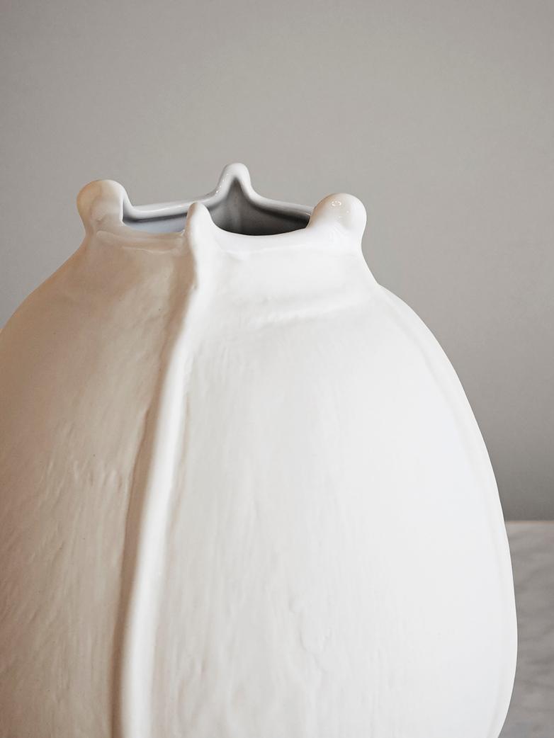 vase wabi blanc. Black Bedroom Furniture Sets. Home Design Ideas