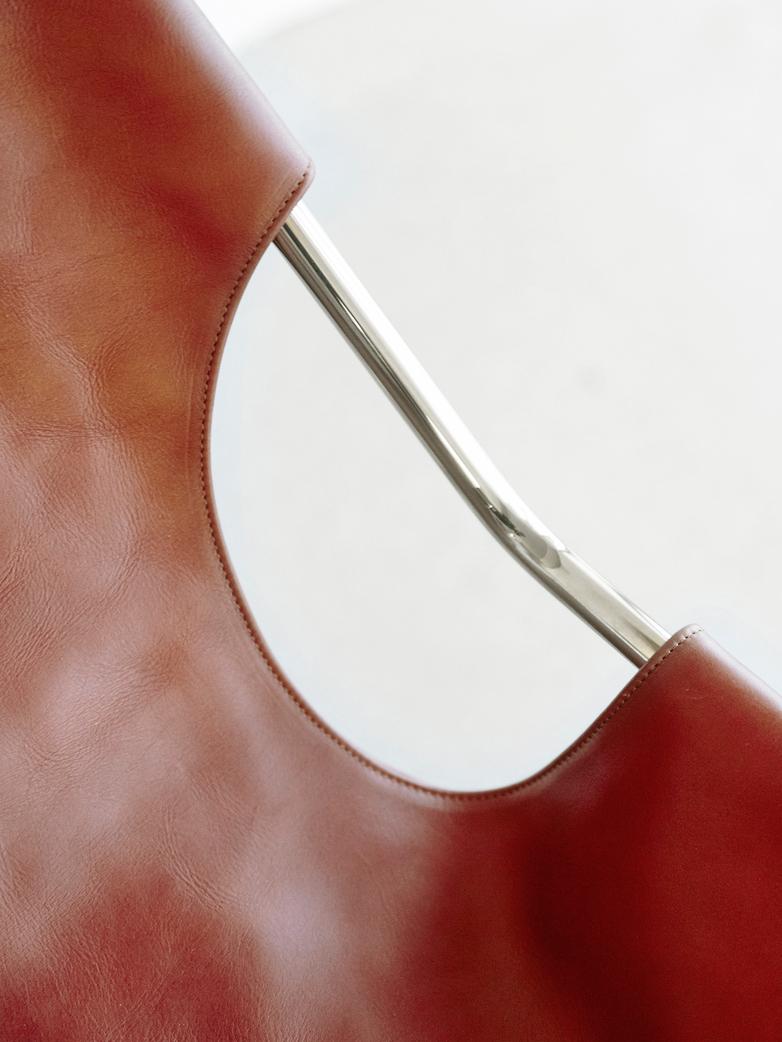 Terracotta leather - Chrome frame