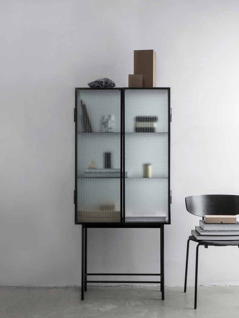 Ferm Living - Haze Vitrine Black