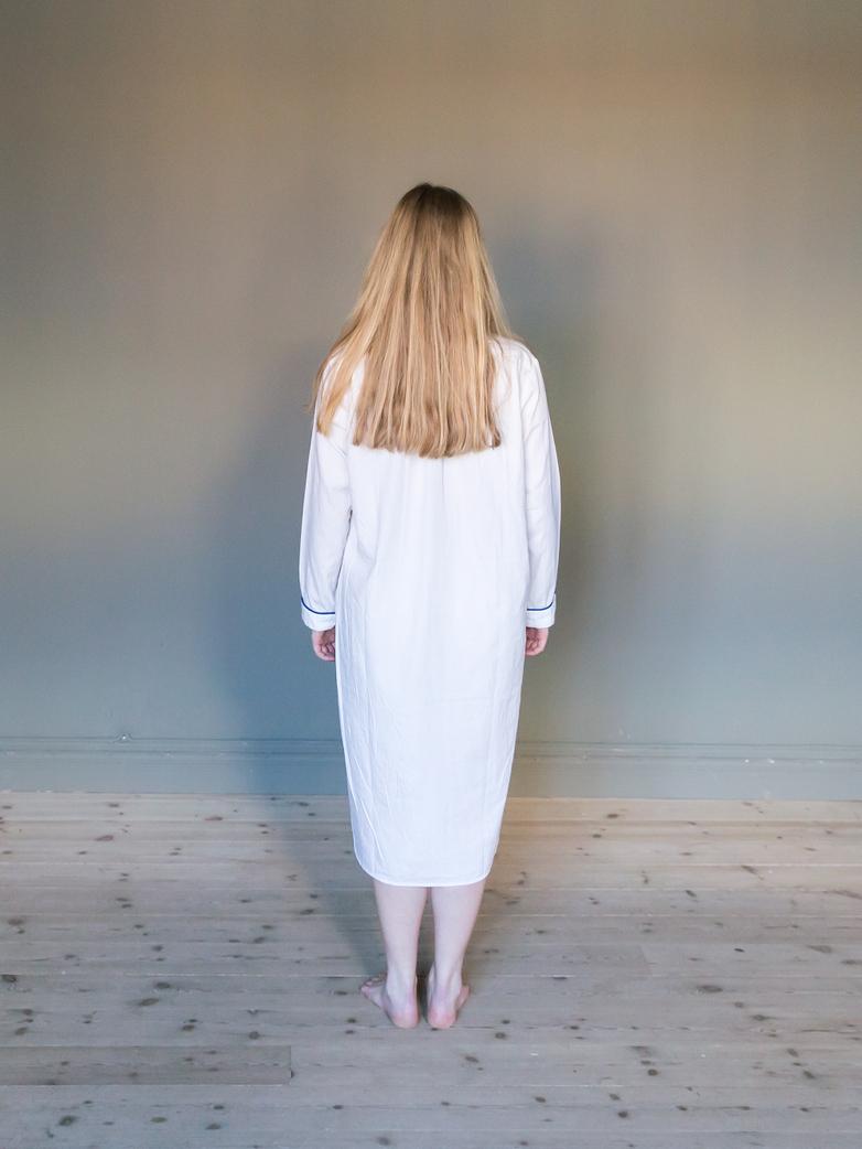 Long Night Shirt White/Blue