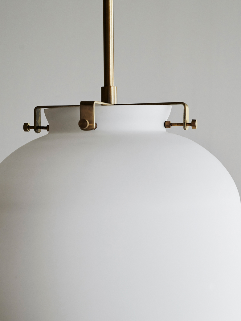 Ball Lamp White