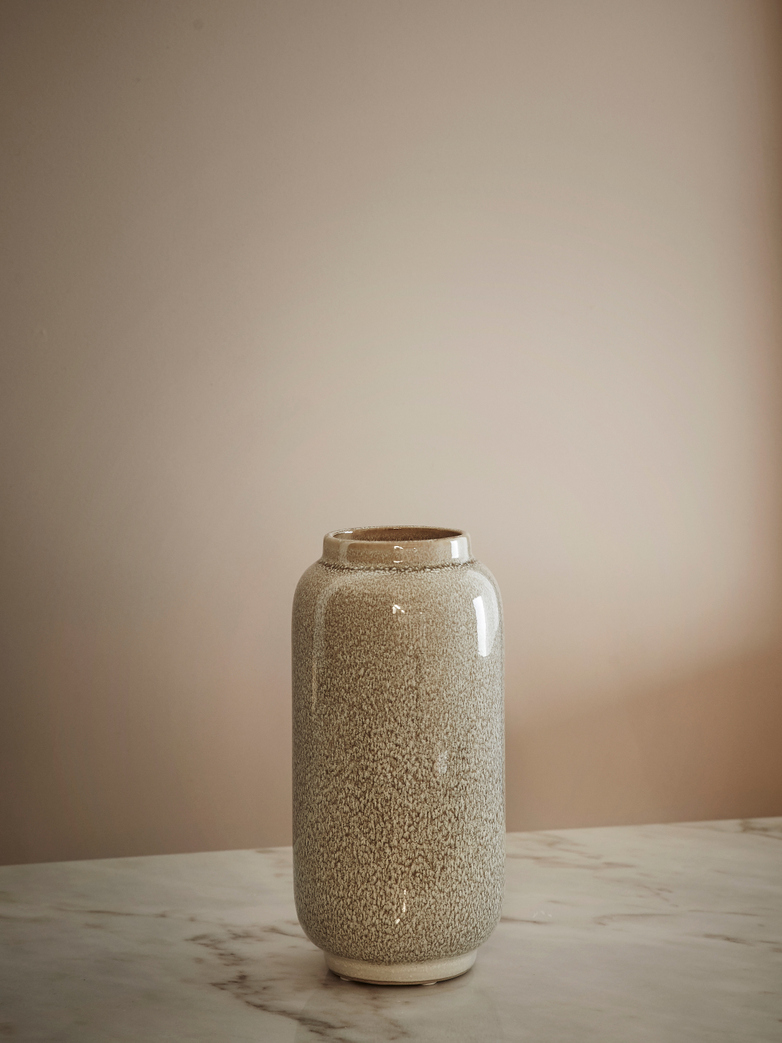 Almas Vase