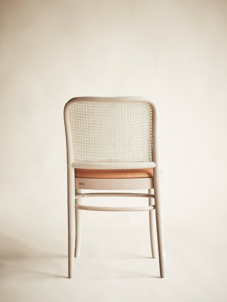 Chair No 811 – Raw – Tärnsjö Leather
