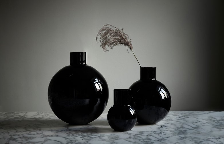 Pallo Vase - Small - Black