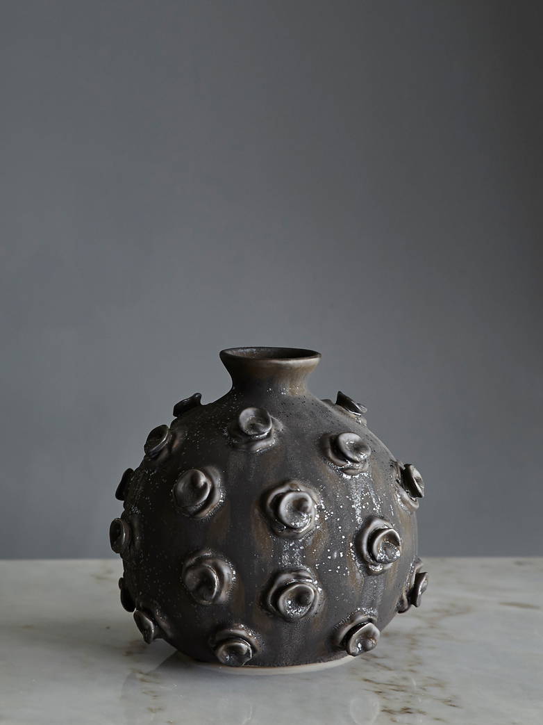 Marv Vase Stained Black