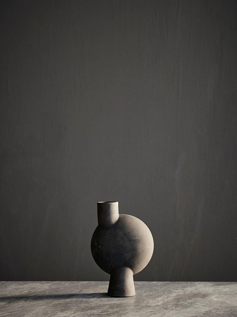 Sphere Vase Round - Dark Grey