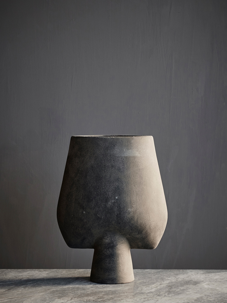 Sphere Vase Wide - Dark Grey
