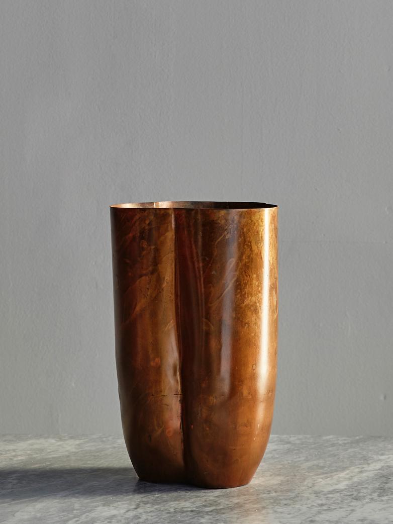 Gallery Vase Small - Brass