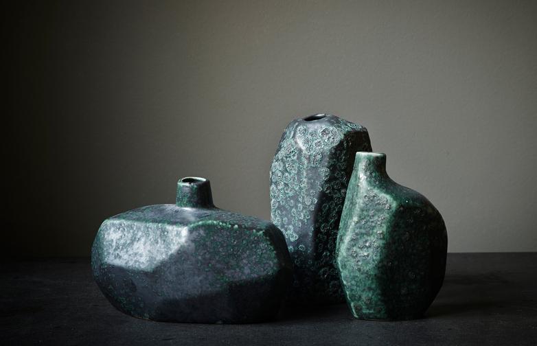 Asymmetry Reactive Vase Low