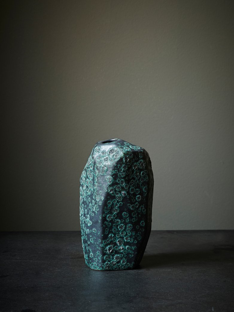 Asymmetry Reactive Vase High