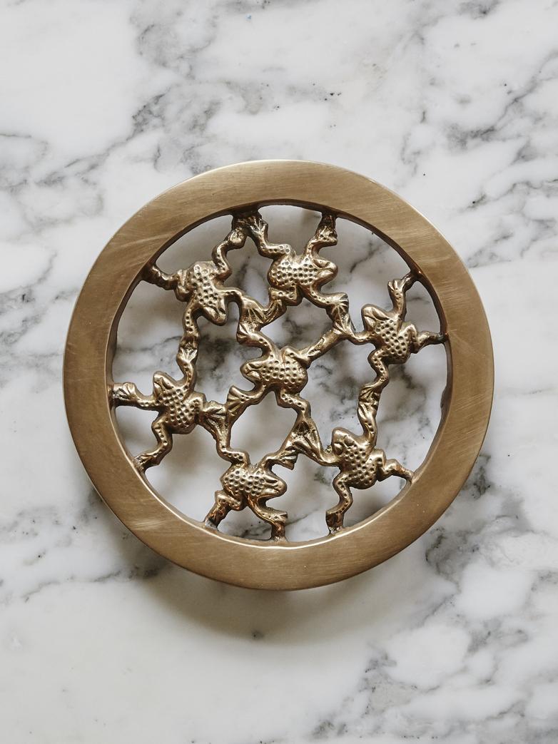 Trivet Grenouilles Brass