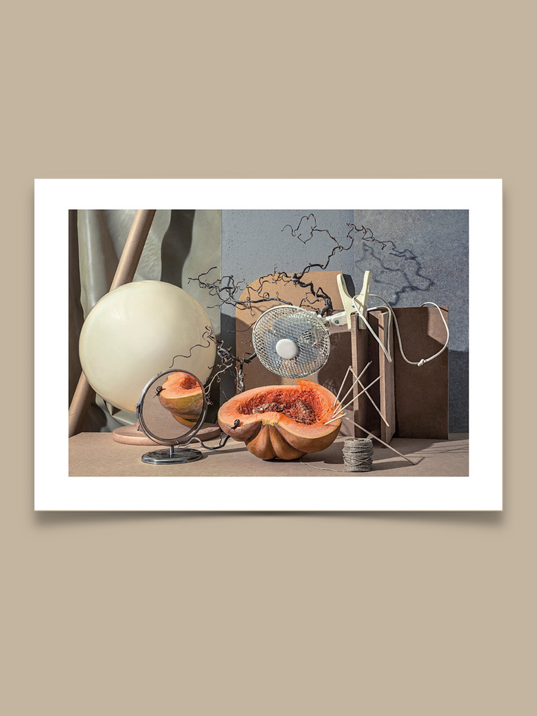 Snail on Pumpkin - 50x70 cm