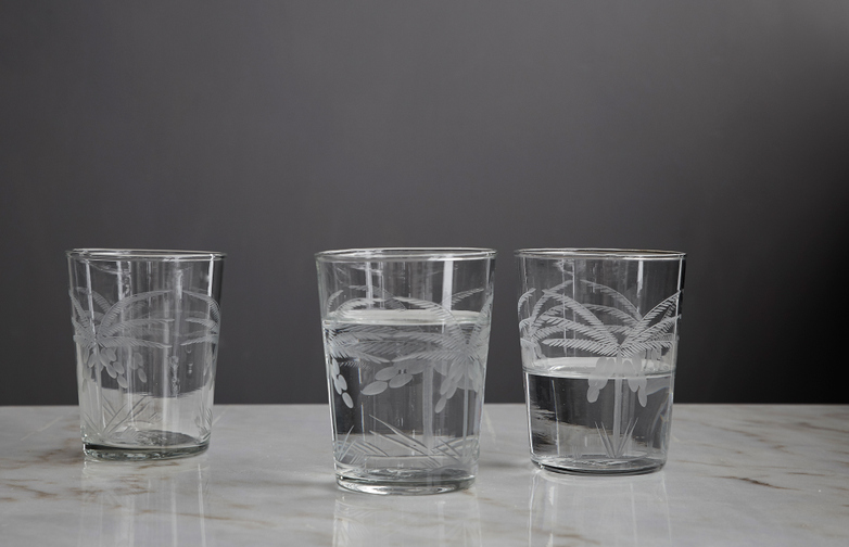 Drinking Glass Engraved Palms