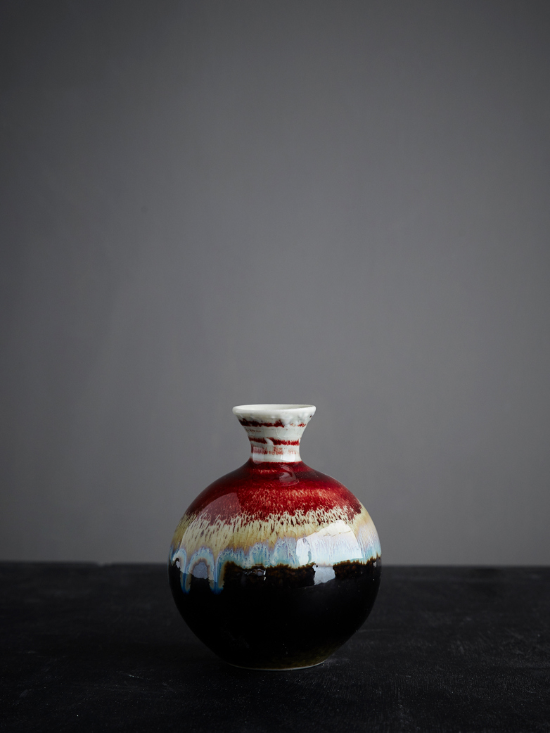 Round Vase Glazed Reactive