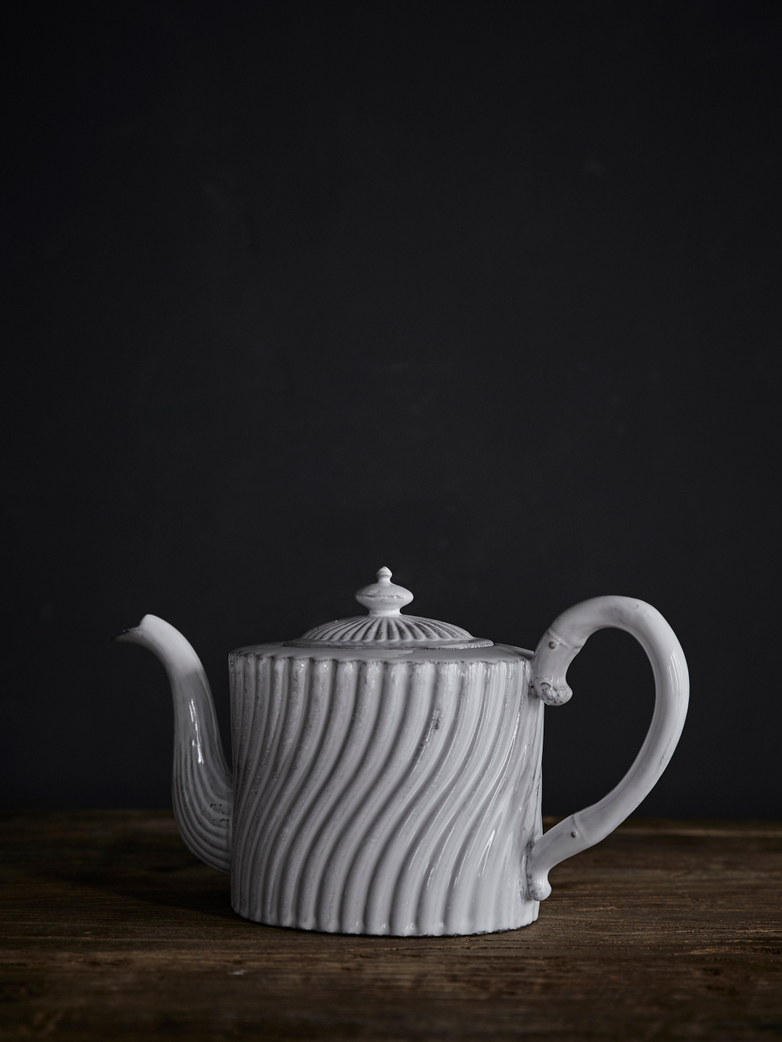 Peggy Teapot