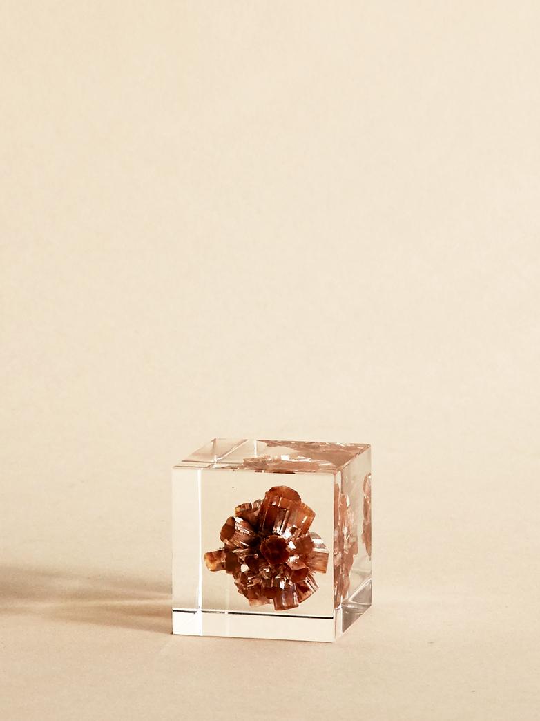 Mineral Argonite Cube
