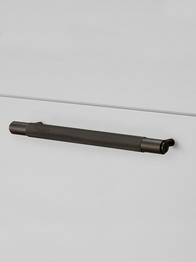 Pull Bar Smoked Bronze