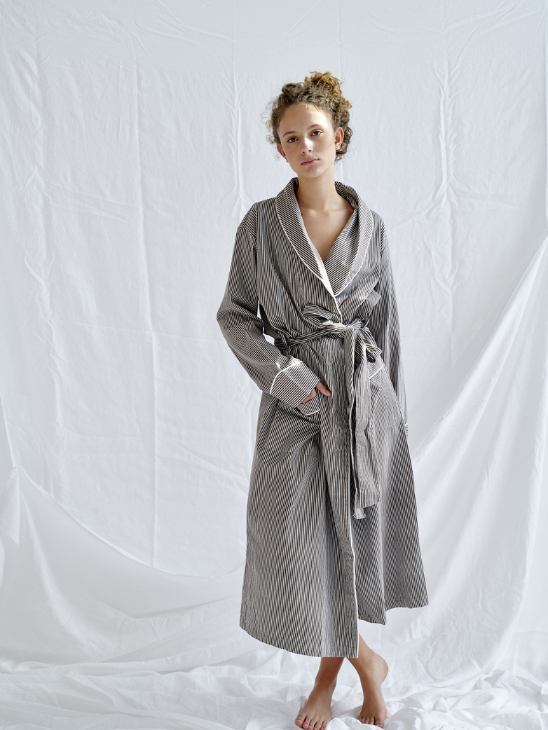 Robe – Coffee/White – II