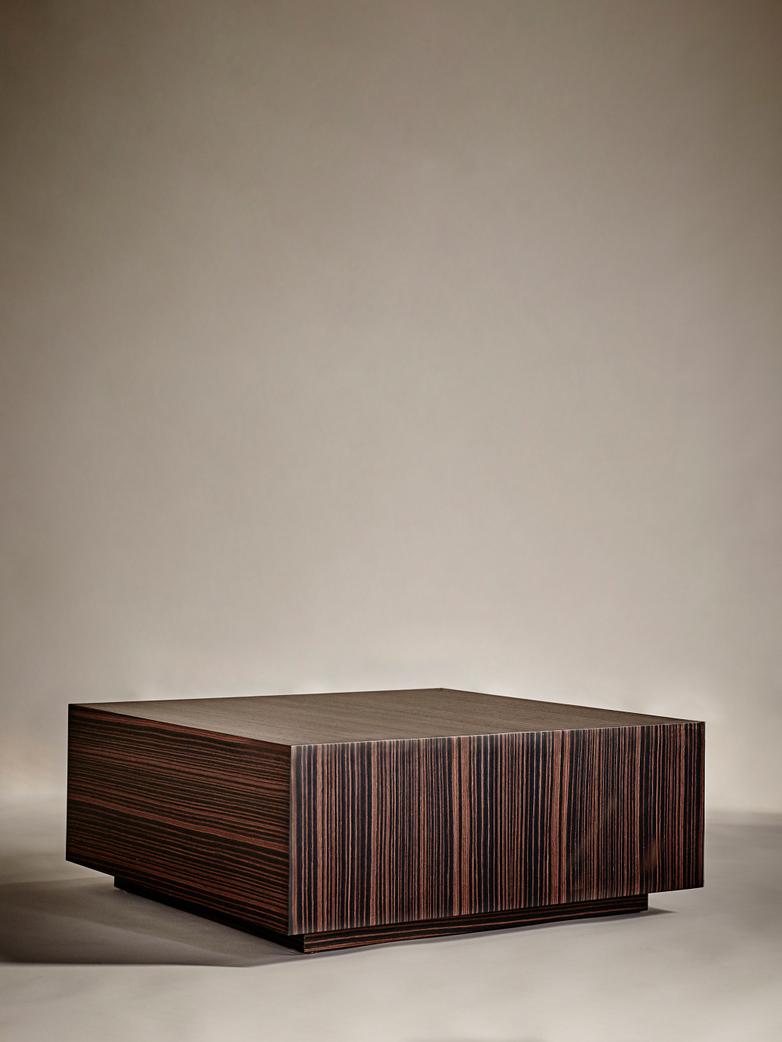 Boxed Sofa Table – 90 x 90 – Ebony