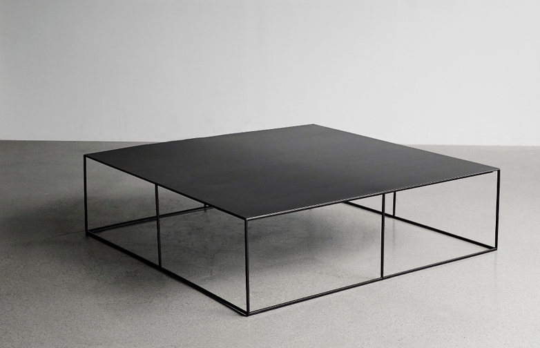 Slim Irony Low Table – 100 x 100