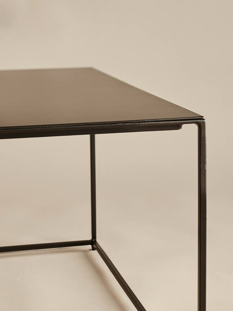 295091c2c2d23 Slim Irony Low Table – 124 x 62