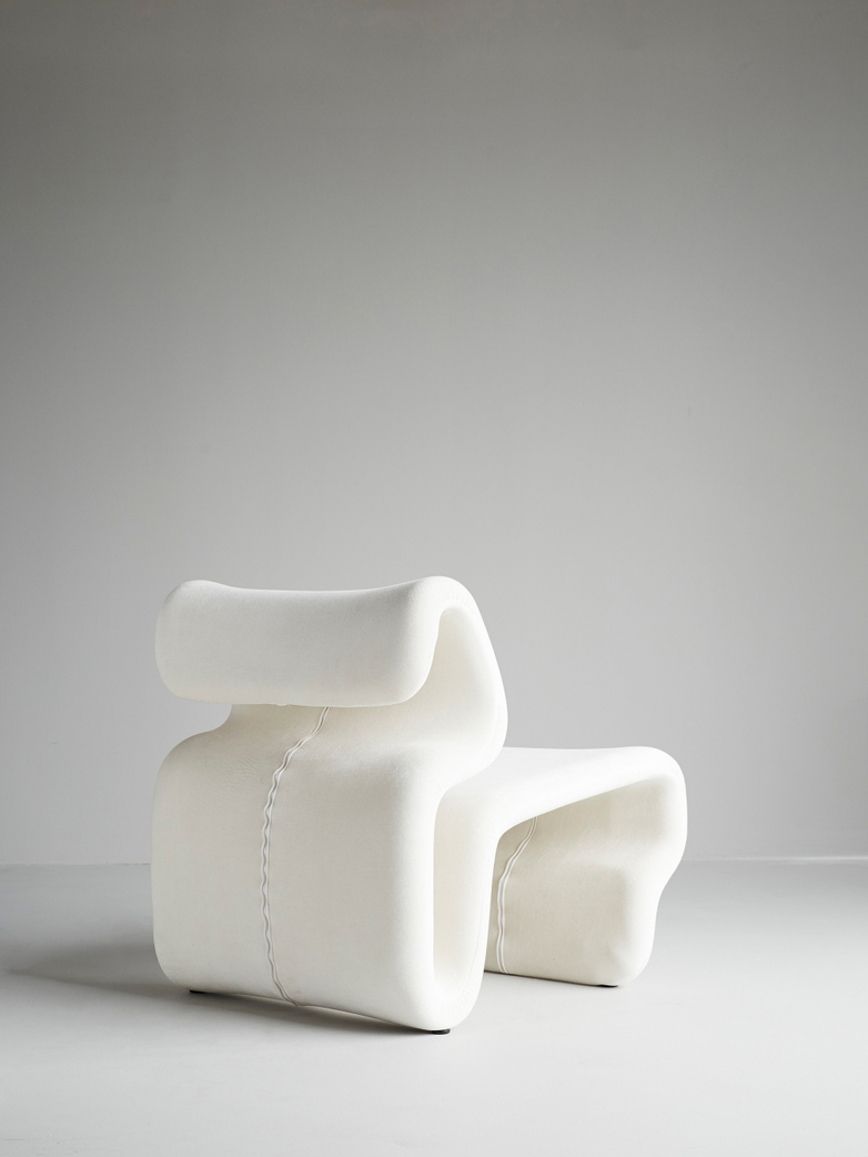 Etcetera Easy Chair – Creme White