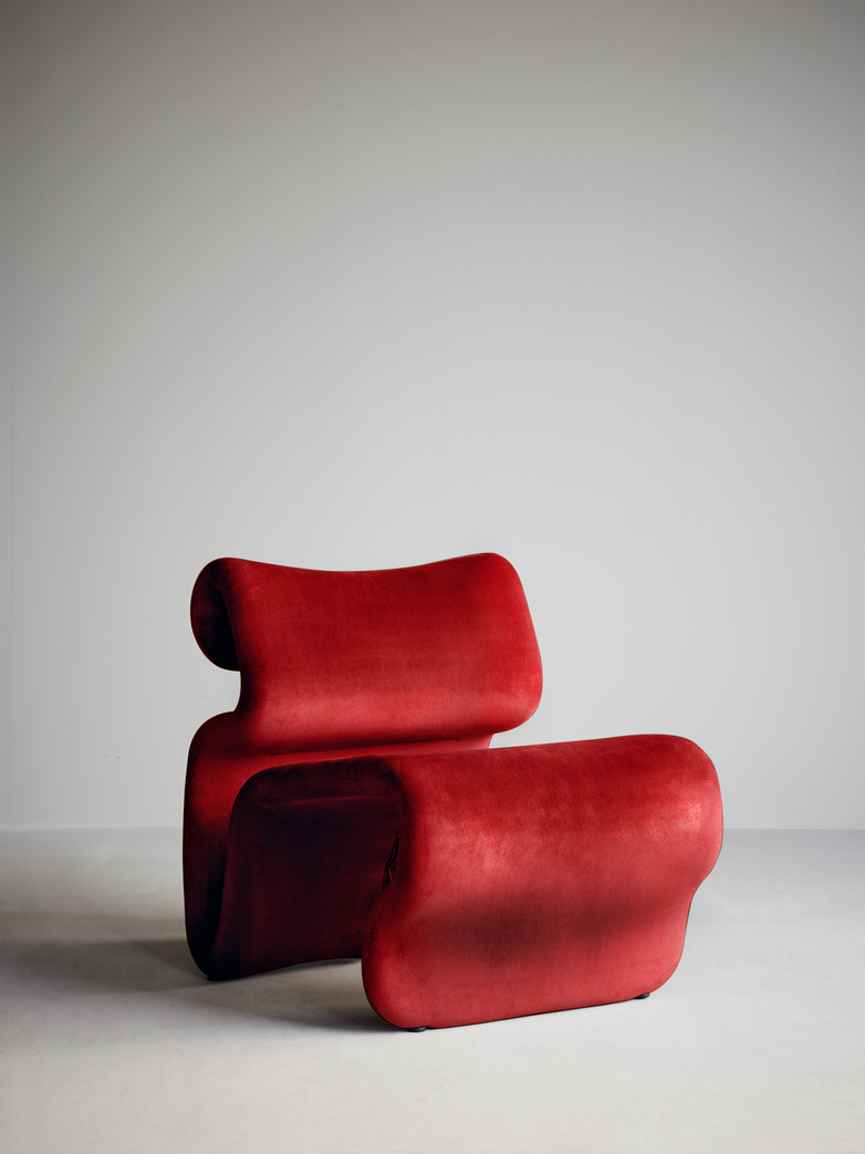 Etcetera Armchair – Ruby Red