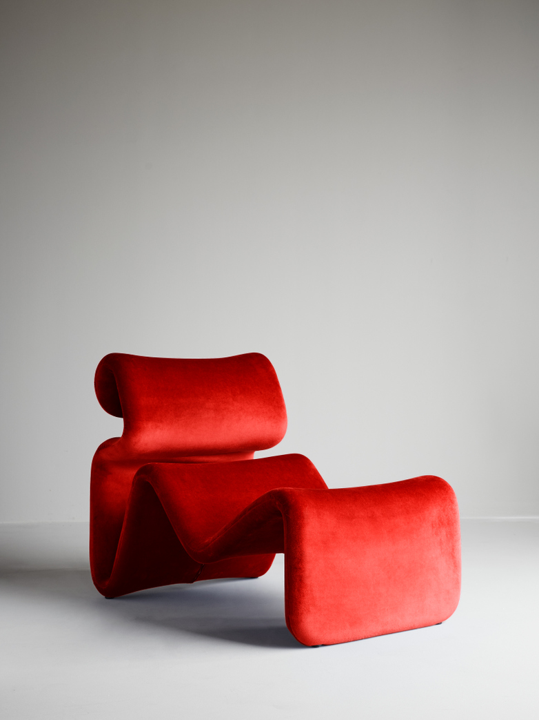 Etcetera Lounge Chair – Chili Red