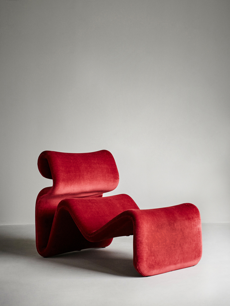Etcetera Lounge Chair – Ruby Red