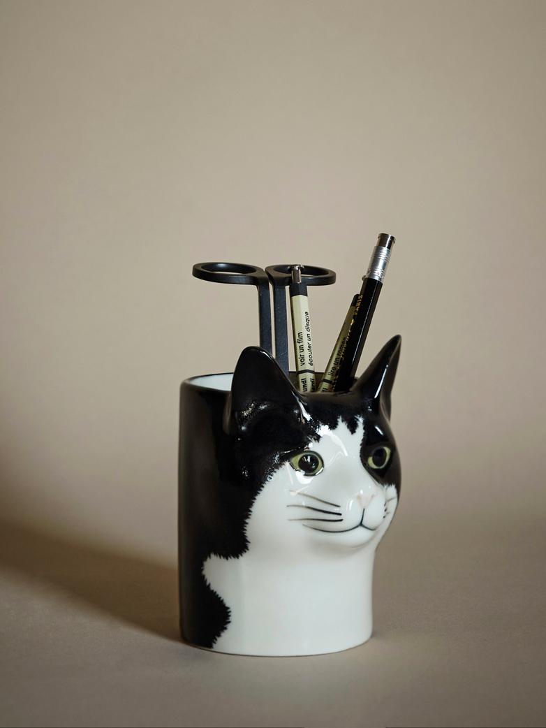 Barney Pencil Pot