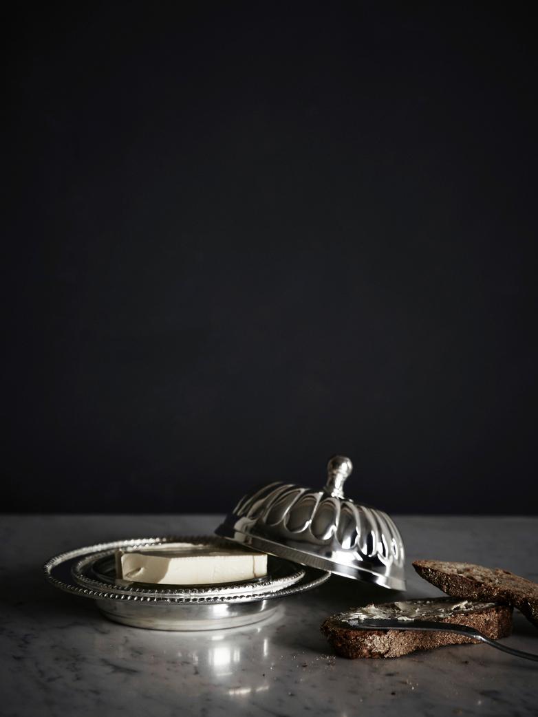 Butter Cup Pot