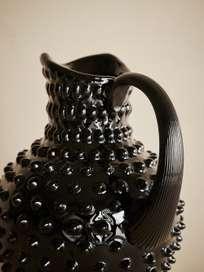 Linné Carafe Black