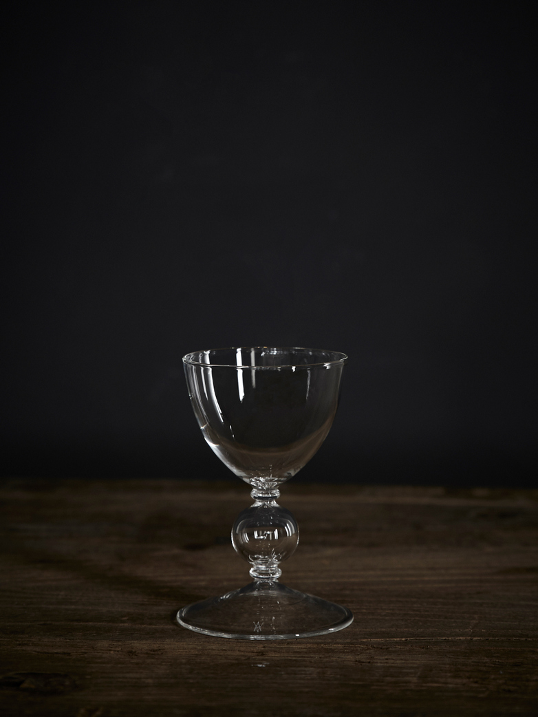 Boule Small Wine Glass