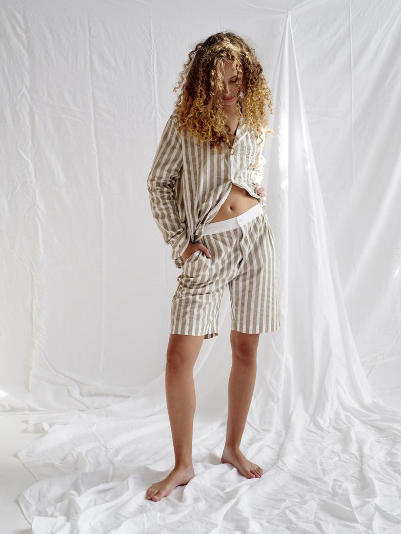 Shorts – Concrete/White