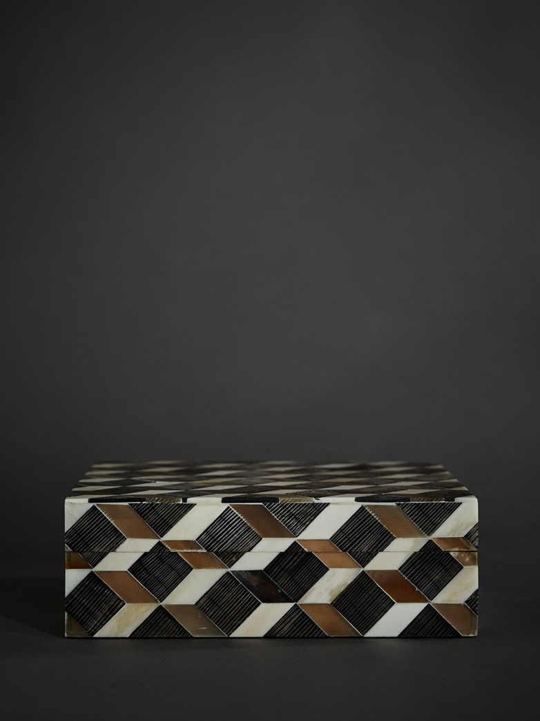 Horn Inlaid Optic Box – Large