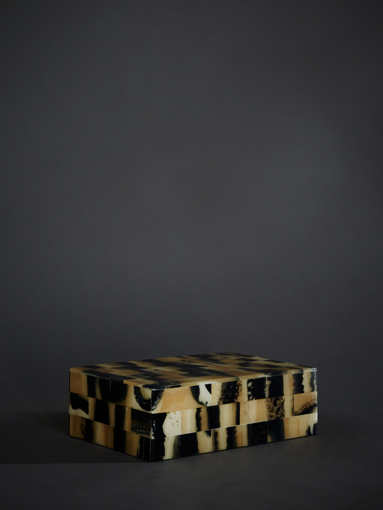 Horn Inlaid Optic Box – Small