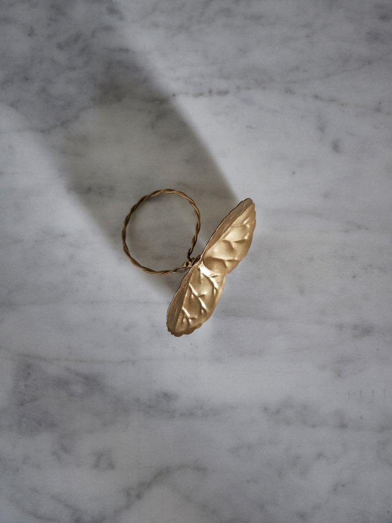 Flower Napkin Ring Dore Feuilles