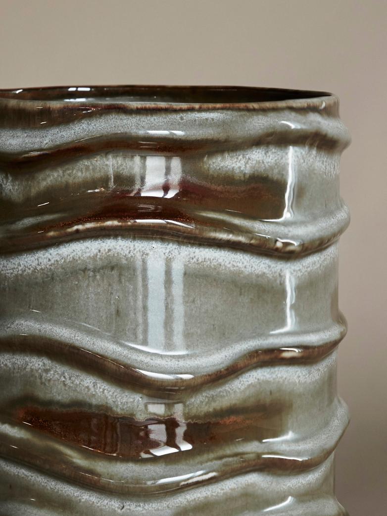 Structure White Vase – Anita Le Grelle