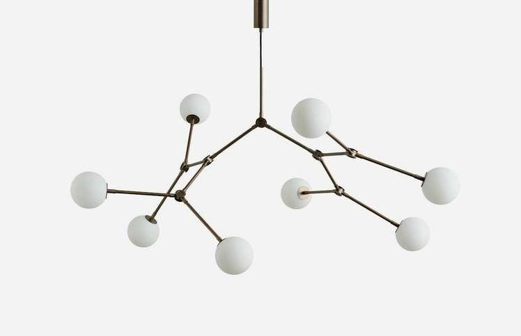 Drop Chandelier – Bulb 9 800 SEK