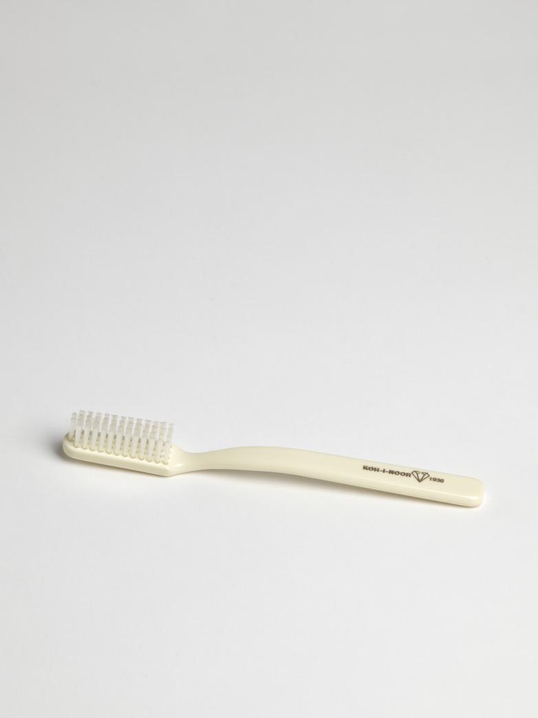Toothbrush – Ivory White