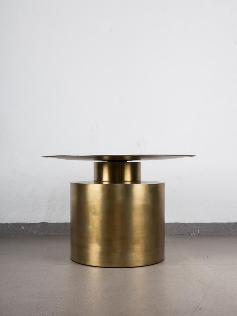 Pillar Coffee Table – Brass Antique – Low
