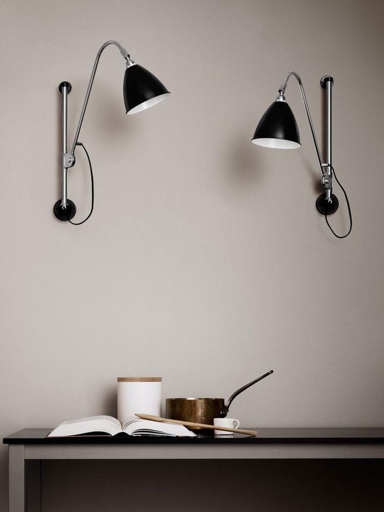 BL5 Wall Lamp – Chrome Base – Black