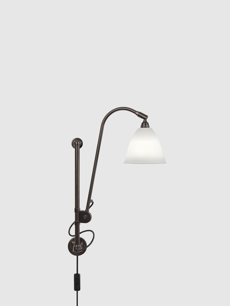 BL5 Wall Lamp – Black brass base – Bone China White